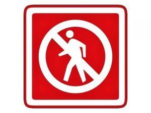 Zákaz vstupu červený