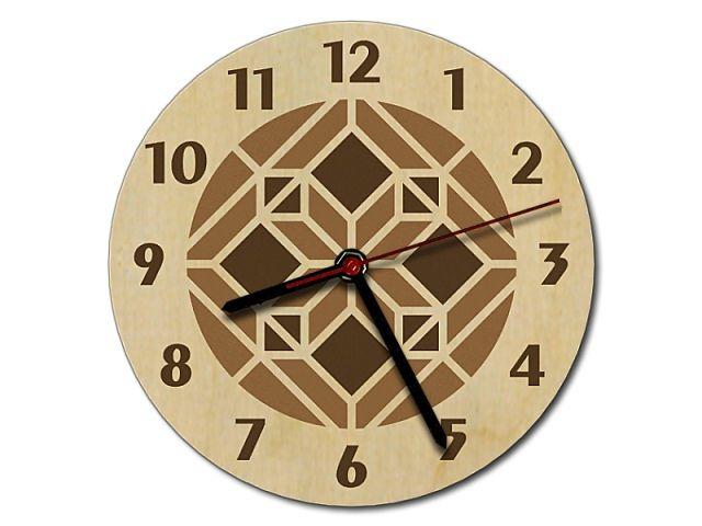 Dřevěné hodiny intarzie