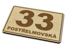 dřevěná domovní orientační čísla