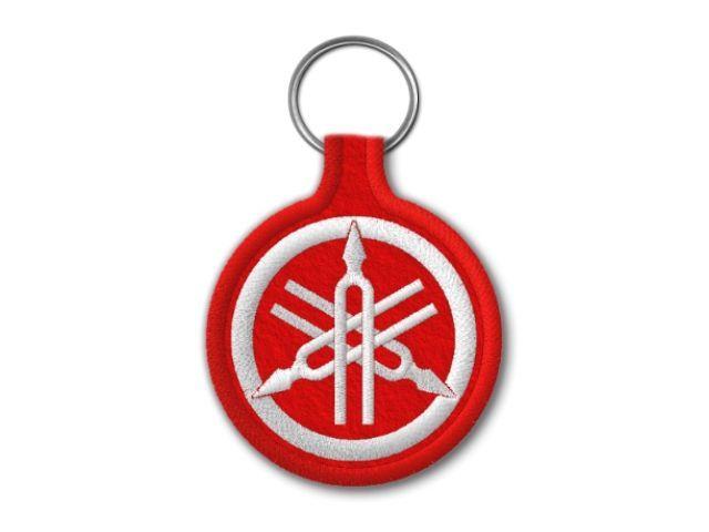 červená klíčenka Yamaha