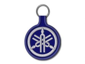 modrá klíčenka Yamaha